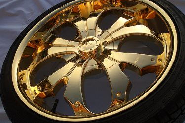 gold-plated-alloy-wheel